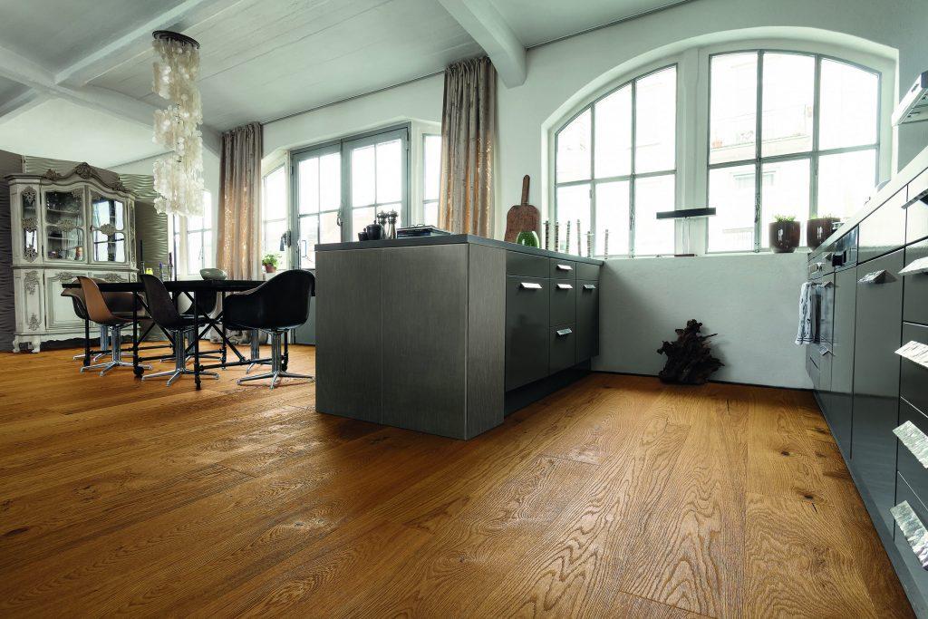 Holzfußboden Im Küchenbereich ~ Projekte backstage im monat juli parkett kessel meisterfachbetrieb
