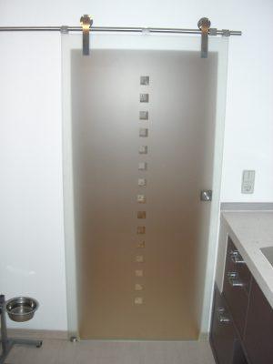 Wohnraumtüren: z.B. Schiebetürsysteme