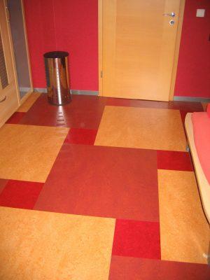 Linoverlegung in 2 Farben und als Muster